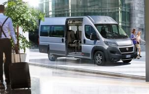 copy_171214_Fiat-Professional_Ducato-Minibus_slide